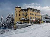 石打スキーセンター外観
