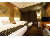 ツインルーム/21.8平米・ベッド幅121cmシモンズ社製シングルベッド