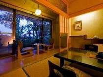 【本館】磐梯熱海温泉街側 和室10畳+広縁+個室露天風呂付き01