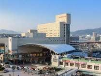 外観(JR長崎駅に隣接)