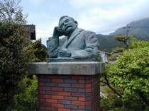 夏目漱石先生の胸像