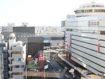コーナーダブルからの眺め。右手にそごうデパート、その先には大宮駅が見えます。