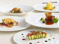 9月~10月限定。北海道の食材を使用したフランス料理フルコースのディナー付 ※イメージ