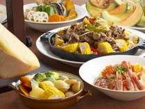 9月~10月限定。北海道の食材を使用したディナーバイキング付 ※イメージ