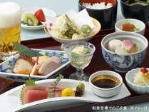 和食堂夕食御膳 お造りや天ぷら、炊き合わせなど ※イメージ