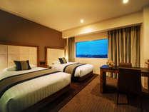 ■ツインルーム(24平米)■ふたりで過ごす、スタンダードかつ快適な空間。