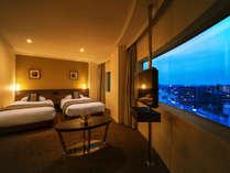 ■デラックスツイン(33.5平米)■休息だけでなく、「上質な滞在」を楽しみたい方に最適な空間。
