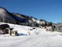 白山一里野温泉スキー場またはセイモアスキー場 1日リフト券付き宿泊プラン