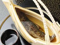 癖になる味!岩魚の骨酒。ググッと一杯いかがですか?