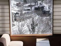 【利根川亭DX和室】水上の美しい雪景色とゆったりとしたお部屋で、癒されてみませんか?
