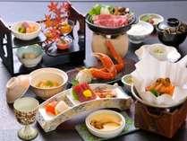 松茸懐石膳。2014年11月末まで。和牛すき焼きや土瓶蒸し風、茶碗蒸しなど香り豊かな松茸を3品でどうぞ。