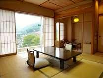 【利根川亭和室】和室8畳~+広縁。