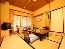 【川側和室】人数よりお部屋の広さが異なります。