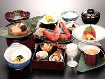 人気のずわい蟹と旬の味覚を盛込んだ和食膳