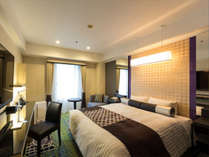 【プレミアムダブル】24平米に160cm幅のベッド。