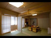 【ジャパニーズスーペリア】6畳と8畳の二間続きの和室です