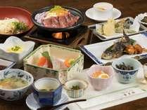 郷土料理の夕食の一例