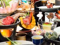 夕食一例。宮城県ならではの旬の食材を使った和食膳をご用意します。