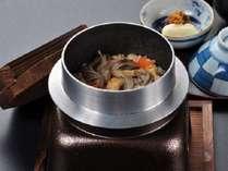 炊き立ての釜飯をご用意いたします。