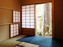 『松風庵』松涛の間(103号室)の副室:お茶室。お抹茶やご朝食をお召し上がり頂きます。