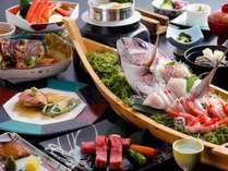 温泉PARTYプランのお料理※画像の舟盛りは4名様盛り。お造りは事前に分けてご用意をさせて頂きます。