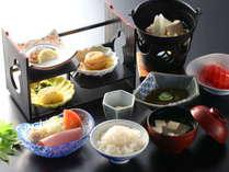 ≪朝食≫一例。和定食になります。