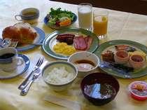 朝食バイキング 和食・洋食 中華粥もあります。