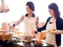 和食・洋食の朝食バイキング お好きなものを食べ放題♪