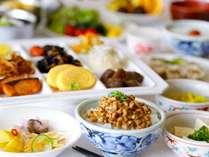 和洋朝食バイキングの和食一例(画像はイメージです)
