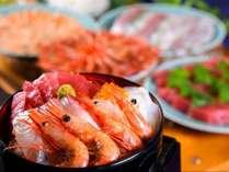 【ディナーバイキング】お好きな海鮮を盛り放題でオリジナル海鮮丼をお楽しみください(画像はイメージ)