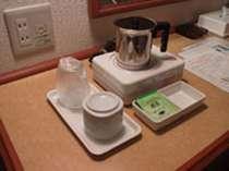 エルステージ館で採用の湯茶用の電磁サーバー