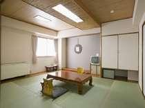本館のゆったり和室 10畳