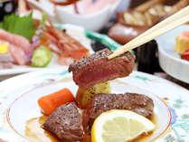 ☆いわて牛のステーキは厚切りミディアム・レアで・・・