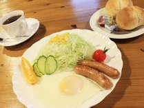 【朝食】朝からシンプルながらもしっかり洋朝食!