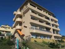 2018年10月リニューアル はぎ屋旅館 改め ひたち湯海の宿 はぎ屋 海側から撮影した外観