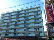カサブランカ駅前の8階に位置しております。