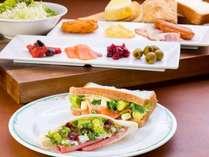 【朝食ブッフェ】お好きな具材で!オリジナルサンドウィッチを召し上がれ。
