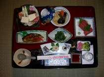 お鍋付の日本食