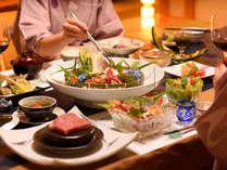 お食事は全て、個室ダイニングでご用意致します。会話を楽しみながら特別な時間をお過ごし下さい。