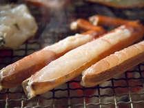 活蟹ならでは、ぷっくり盛り上がって蟹身から肉汁があふれる