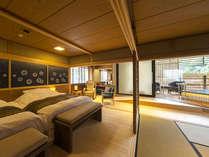 新客室~群青~より全20室中7室が源泉をひいた露天風呂付のお部屋でございます