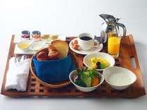 朝食ルームサービスコンチネンタルブレックファースト