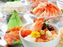 朝食では人気の海鮮丼コーナーでお好きなお刺身を選んでお好み海鮮丼をお楽しみいただけます。