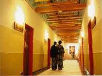 ◆【温泉道楽】11種類の貸切露天風呂のある館。幻想的な空間が広がる