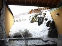 11種類の雪見貸切露天風呂一例「月雫の湯」