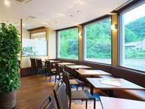 カフェレストランも併設♪♪お食事に休憩にご利用可♪♪