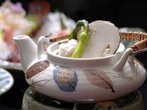 秋の味覚の一つ 松茸の土瓶蒸しです。一部のプランにご提供いたします。