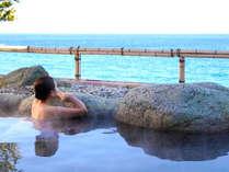 伊豆熱川温泉熱川館 海を一望する展望露天風呂 女性用 碧天