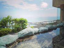 掛け流しの男性用露天風呂 翌朝9:30まで 伊豆 熱川 温泉 旅館 お部屋食 の 熱川 館