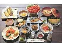 旬の食材を使用しました会席料理です。季節によって料理の献立が変わります。